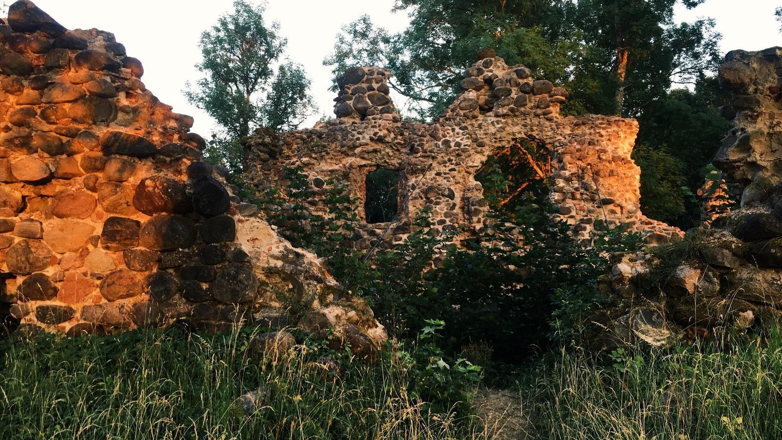 Ruins of Helme Order Castle